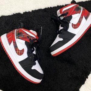 Nike Jordan 1 Tartan